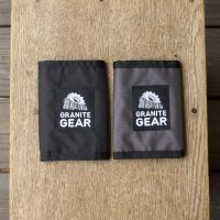 <img class='new_mark_img1' src='https://img.shop-pro.jp/img/new/icons7.gif' style='border:none;display:inline;margin:0px;padding:0px;width:auto;' />GRANITE GEAR  UL WALLET