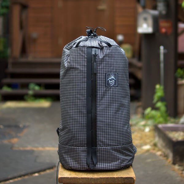 RawLow Mountain Works  Cocoon Pack  (Spectra)