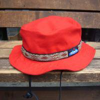 <img class='new_mark_img1' src='https://img.shop-pro.jp/img/new/icons47.gif' style='border:none;display:inline;margin:0px;padding:0px;width:auto;' />KAVU  Strap Bucket Hat  (RED)