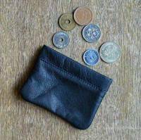 <img class='new_mark_img1' src='//img.shop-pro.jp/img/new/icons47.gif' style='border:none;display:inline;margin:0px;padding:0px;width:auto;' />ALL-ETT  Leather Coin Purse