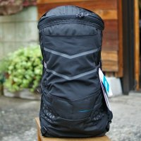 boreas  LARKIN (BLACK)